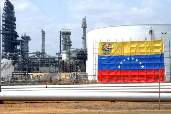 Se agrava la crisis petrolera en Venezuela