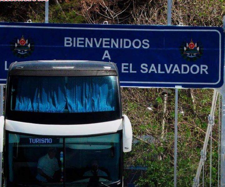Transporte internacional de pasajeros por vía terrestre solicitarán pruebas negativas de covid-19