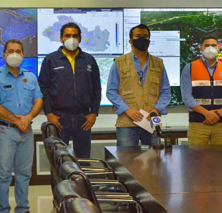 Protección Civil en alerta ante los recurrentes sismos en la zona metropolitana de San Salvador