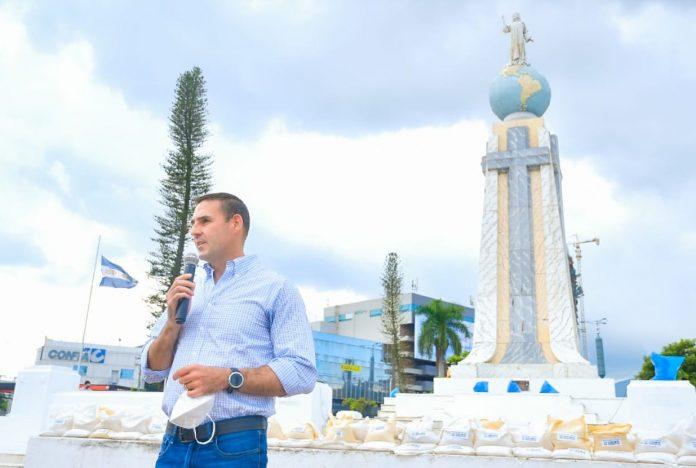 Alcalde de San Salvador pide resolver crisis por basurero de Nejapa