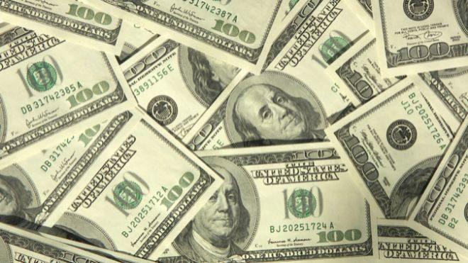 Los argentinos piden dólares.