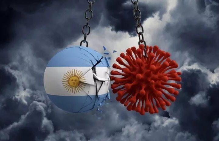 Argentina no consigue bajar la curva de contagios por COVID19 desde hace siete meses.