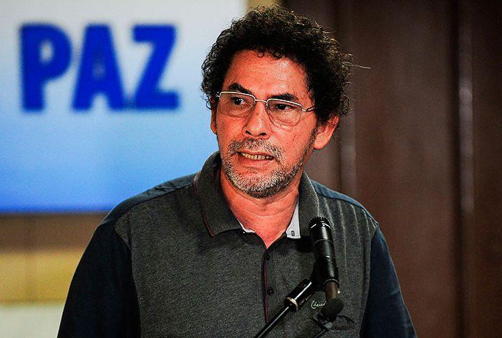 FARC pide perdón por secuestros y homicidios.