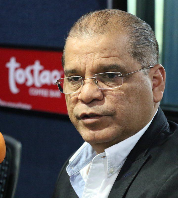 Oscar Ortíz pide perdón por los errores del FMLN
