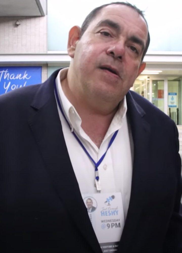 Arrestan a líder judío ortodoxo en NY por posible ataque a periodista.