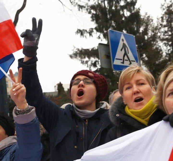 Polonia 10 días de protestas en contra del gobierno.