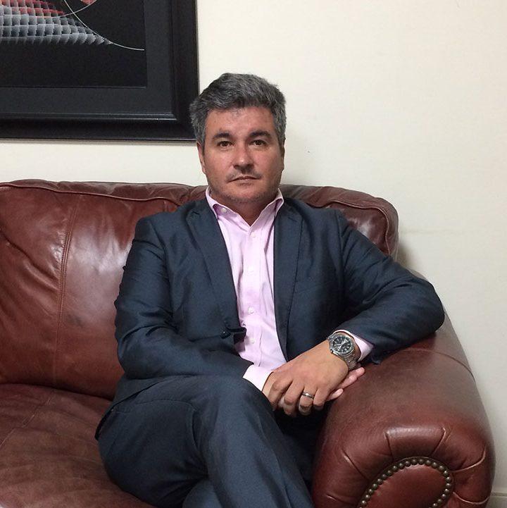 Uruguay: AMARC rechaza las amanezas del director en Telecomunicaciones