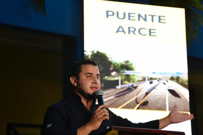 Ministro de Obras Públicas anuncia creación de dos puentes