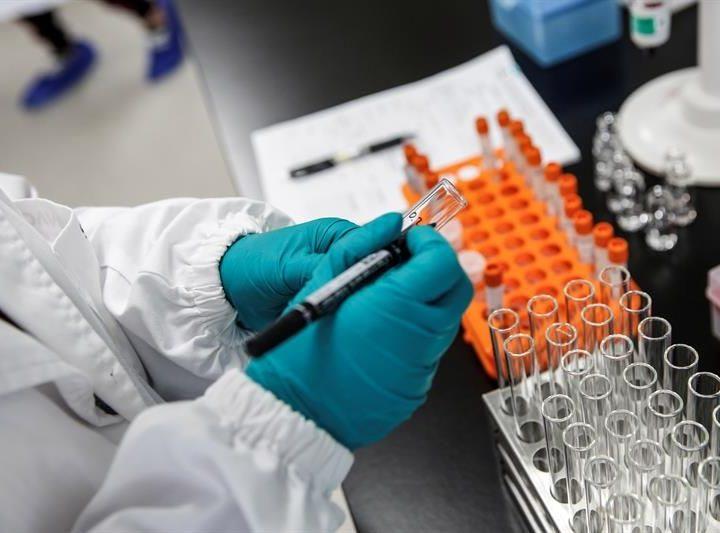 Estados Unidos pretende poner vacuna de inmediato