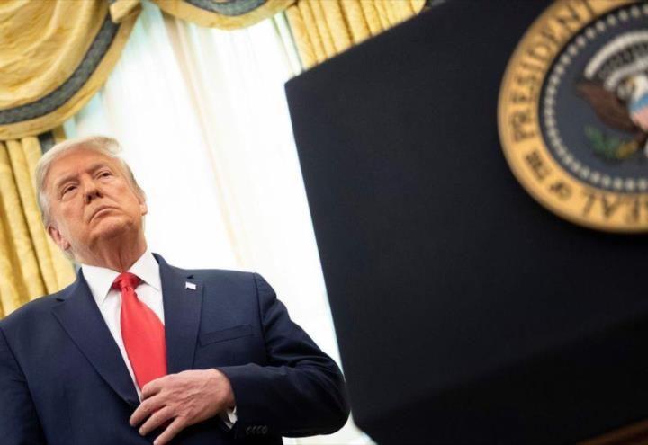 Trump prohibe transacciones con aplicaciones chinas