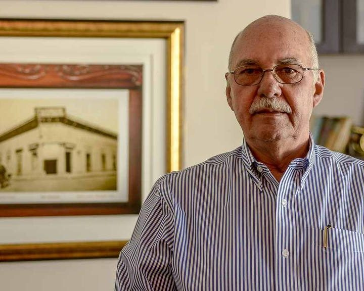 Expresidente Cristiani niega nuevo nombre para los Acuerdos de Paz
