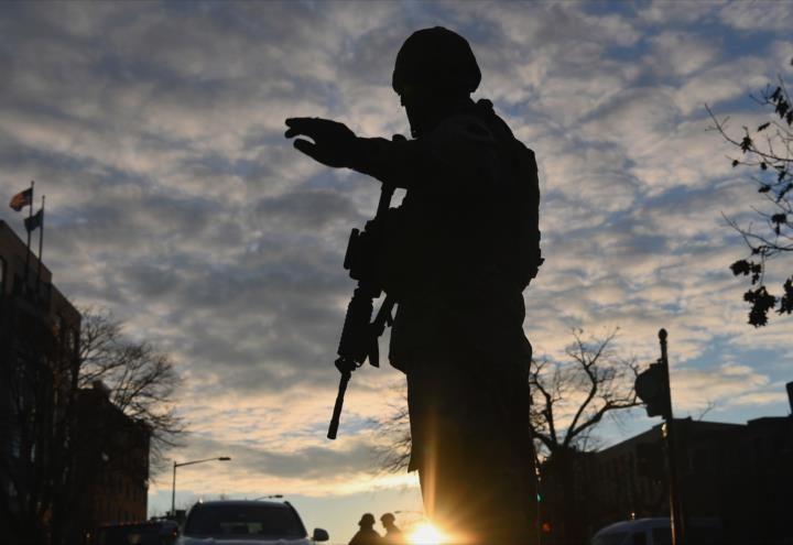 Estados Unidos eleva su nivel de alerta por posibles ataques al presidente Biden