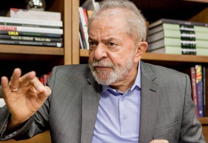 Lula Da Silva llama a brasileños a «despertar»