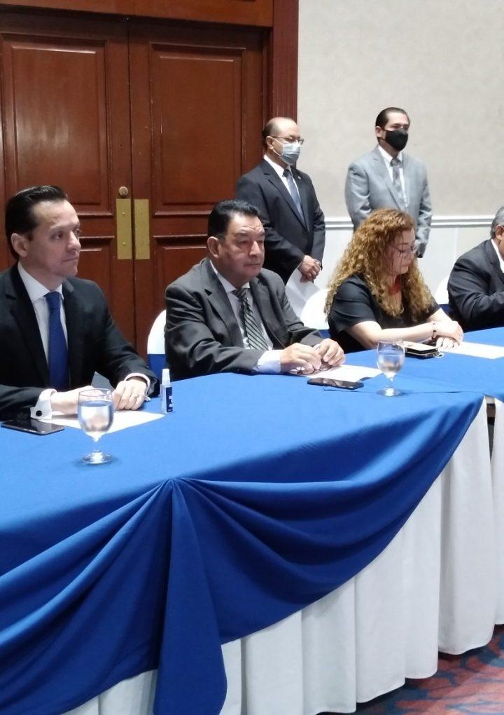 Asociaciones de Jueces de El Salvador presentan a los siete candidatos a magistrados de la Corte Suprema de Justicia