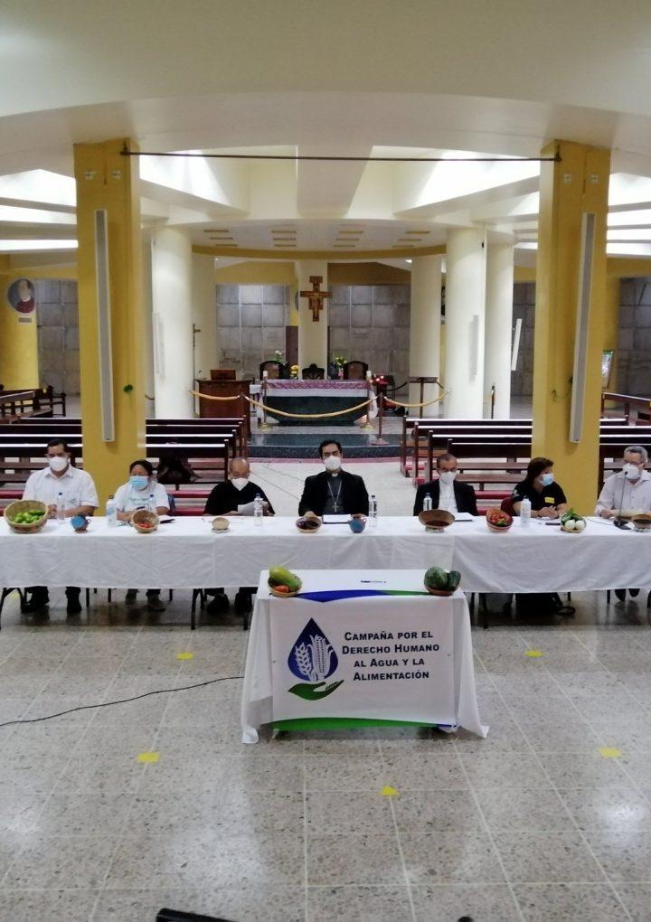 Firman  compromiso para la ratificación de  las reformas constitucionales de agua y alimentación