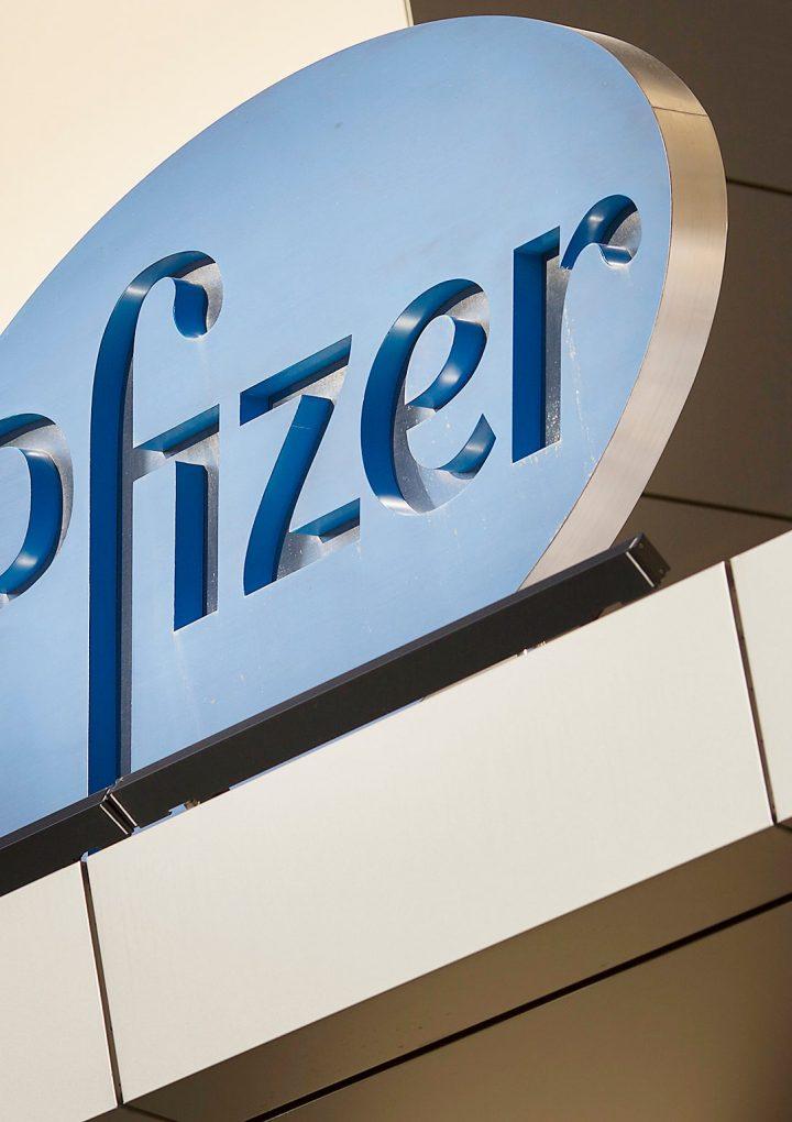 Pfizer aseguró el 100% de su efectividad con su vacuna