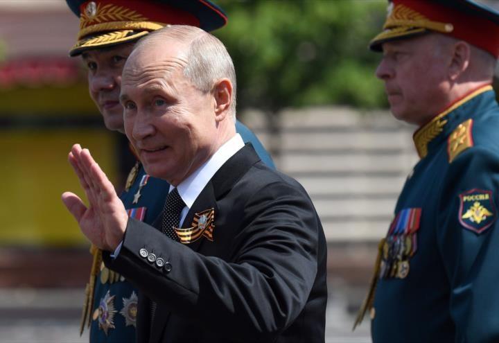 Senado ruso permite a Putin mantenerse en el poder hasta 2036