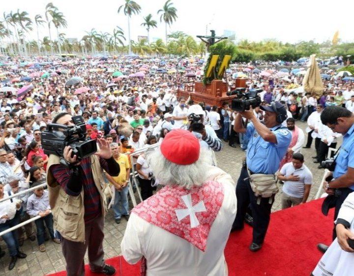 La Iglesia Católica en Nicaragua limita las celebraciones religiosas manteniendo las restricciones impuestas por la pandemia de COVID–19