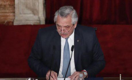 Presidente Fernández con Covid luego de su primera dósis de vacuna contra Covid
