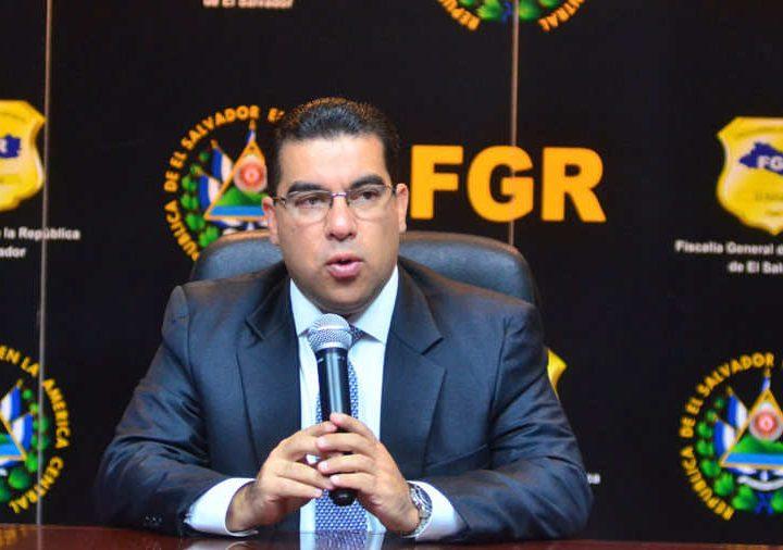 Fiscal Melara asegura iniciar investigación por incendios