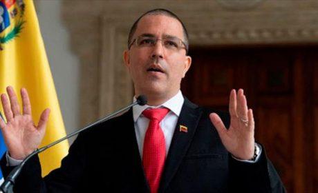 """Venezuela afea a Colombia por lanzar """"ideologizadas"""" acusaciones"""