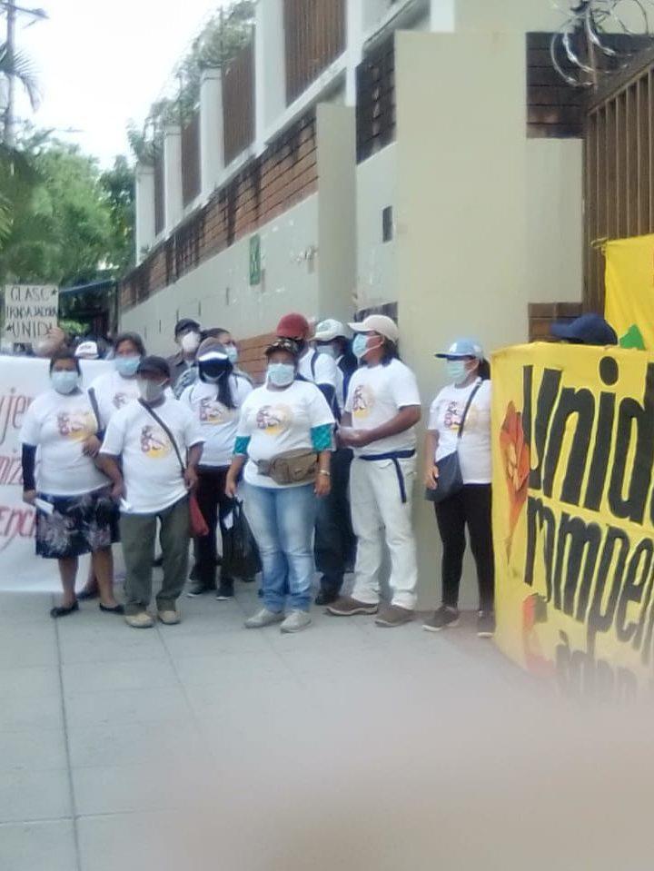 Exigen  acelerar el caso de las trabajadoras despedidas de la Industrias Florenzi