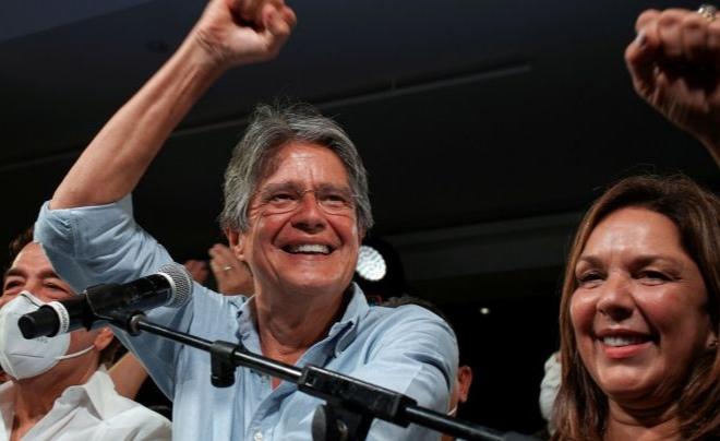 Guillermo Lasso Mendoza es el nuevo presidente de Ecuador con 53% de los votos