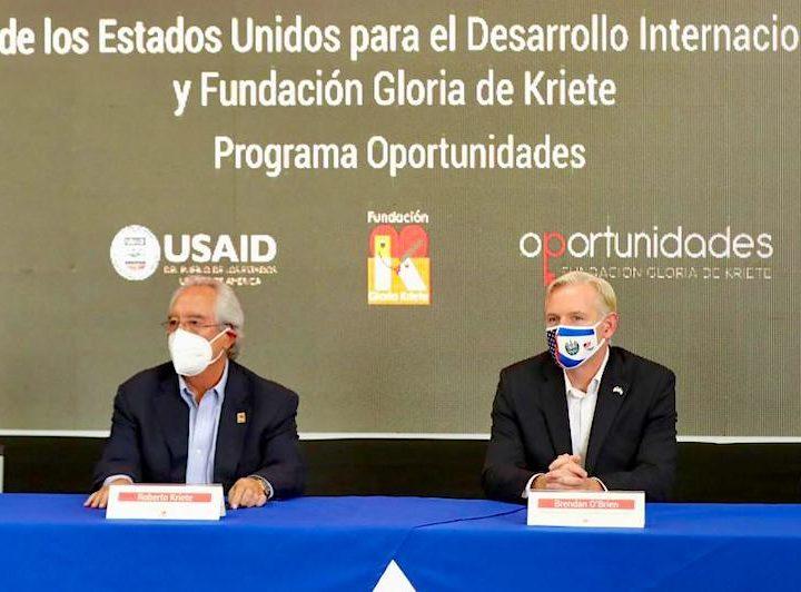 EEUU y Fundación Gloria De Kriete Invertirán $14.2 Millones en educación para jóvenes
