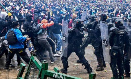 Duque ordena refuerzo policial para aplacar protestas en Cali