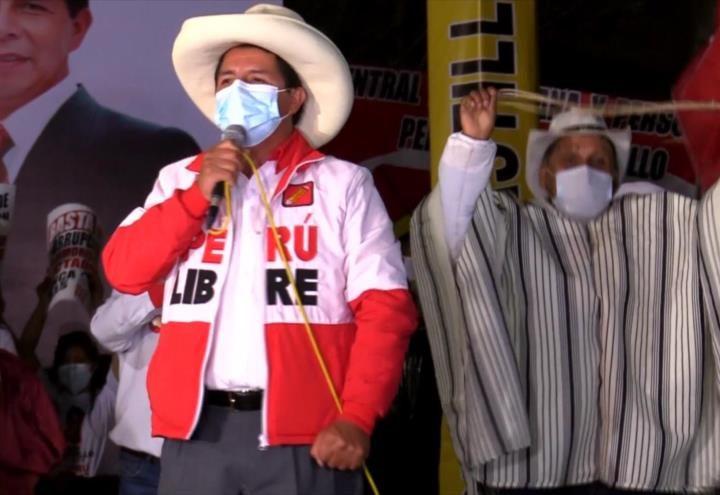 Chamanes peruanos «conjuran» a Pedro Castillo para que gane frente a Fujimori