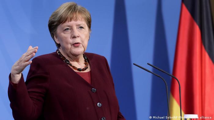 Angela Merkel condena ataques antisemíticos en el país