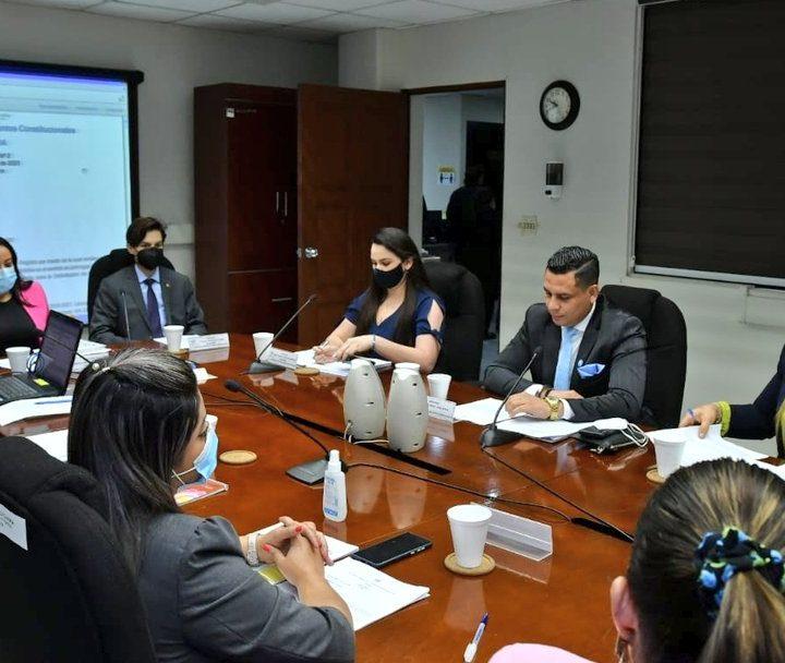 Comisión de Legislación manda a archivo la Ley de Protección de Periodistas