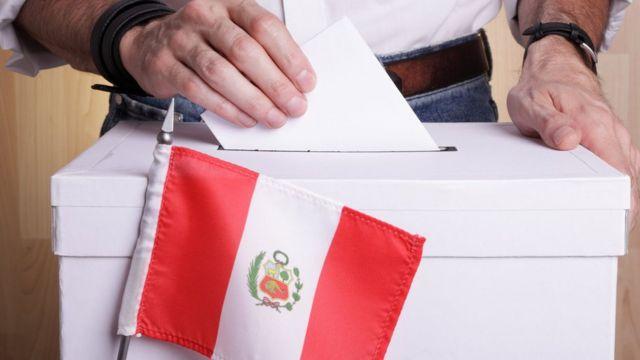 Castillo sigue como líder al 99.14% de votos contabilizados