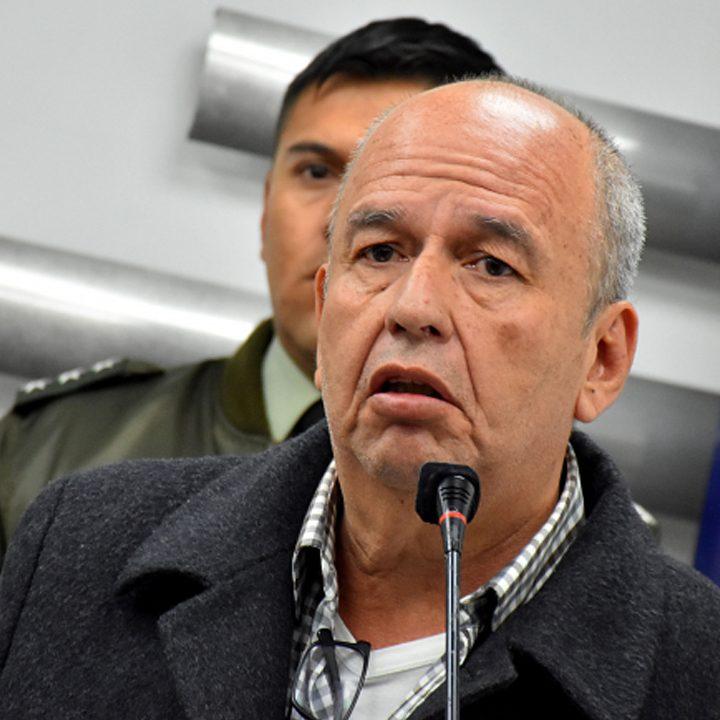 Bolivia pedirá extradición de exministro del gobierno anterior