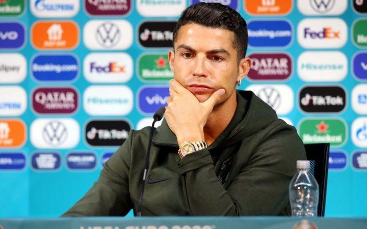 Desplome económico publicitario en la Eurocopa por reacción de Ronaldo