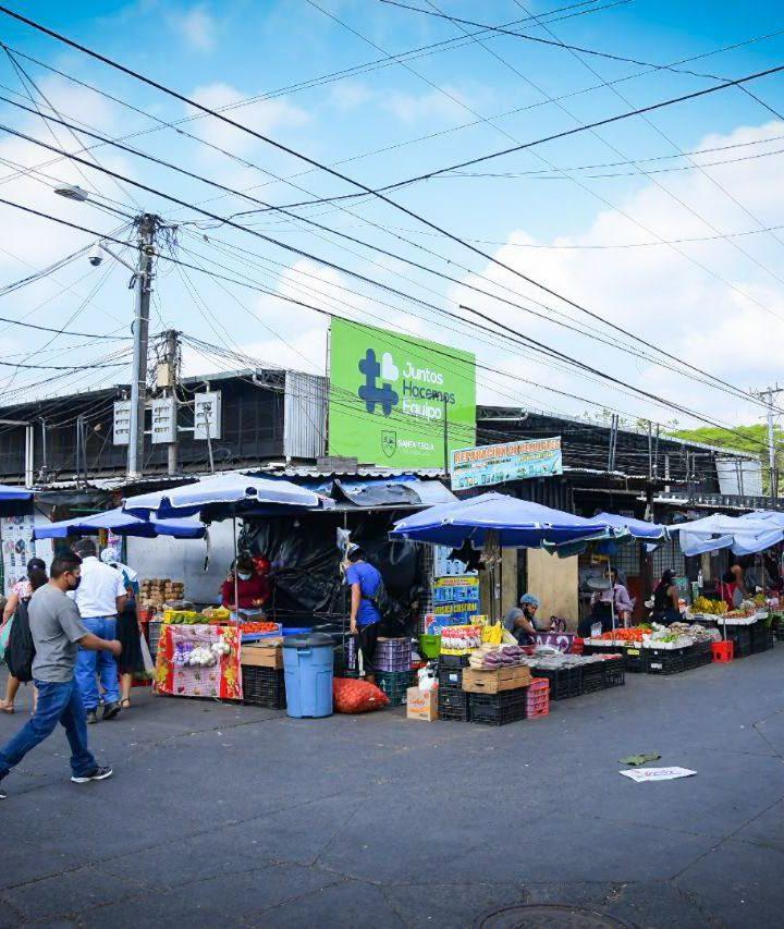 Cerrarán mercado central de Santa Tecla