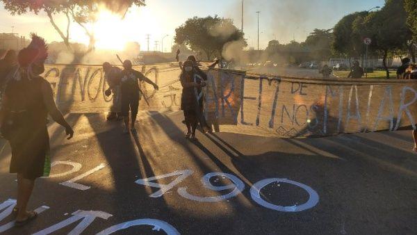 Protestas de indígenas brasileños por Ley de Tierras