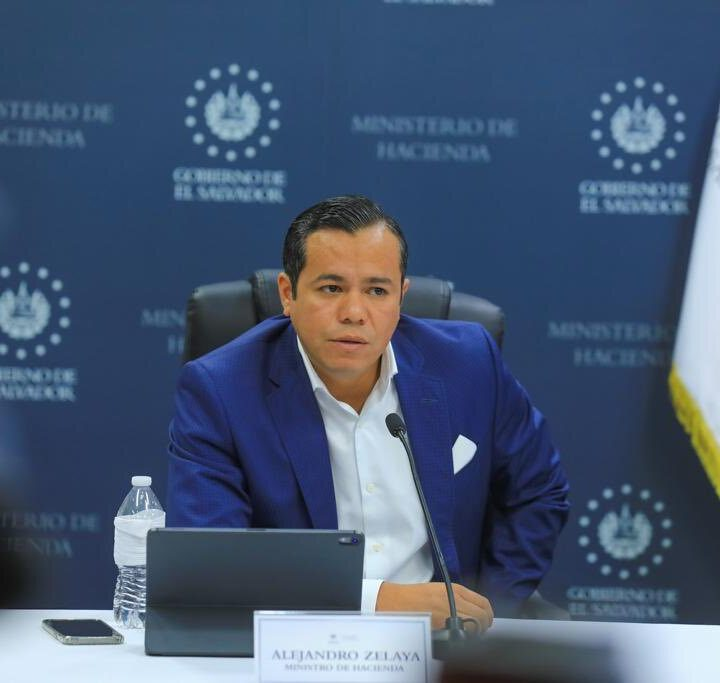 Ministro de Hacienda dice que las personas no estarán sujetas al riesgo de la fluctuación del Bitcoin