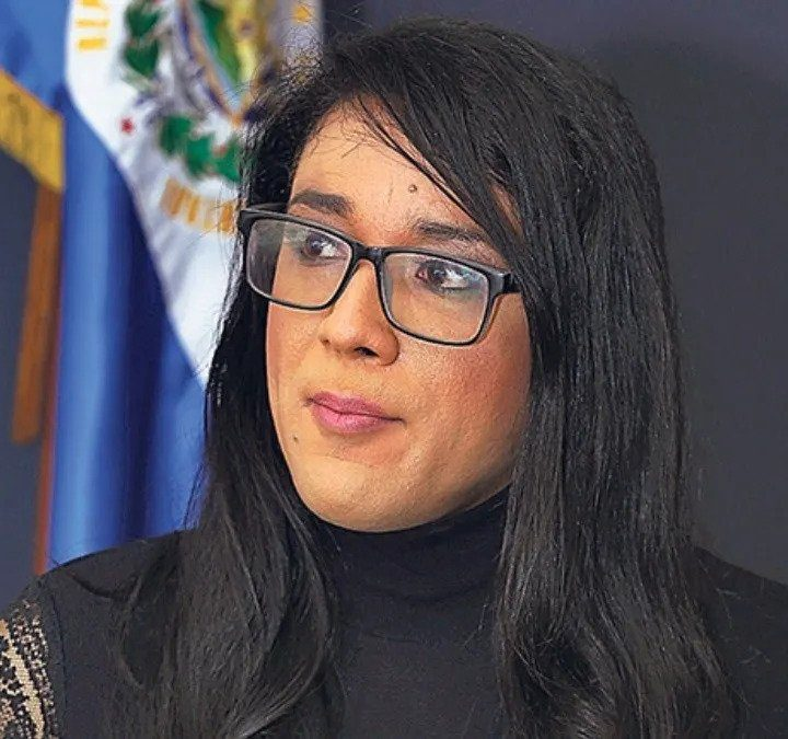 Alejandra Menjívar, ex candidata trans para el PARLACEN, se encuentra desaparecida en México