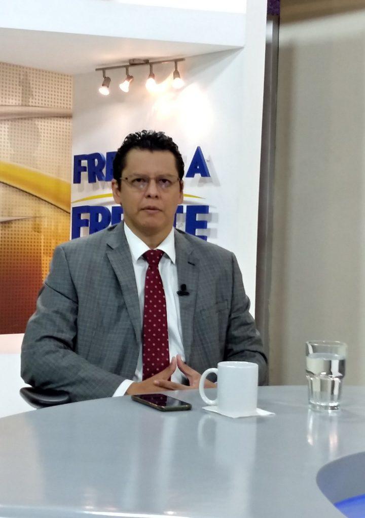 «No investigar a los funcionarios de Lista Engel es un error»: Eduardo Escobar
