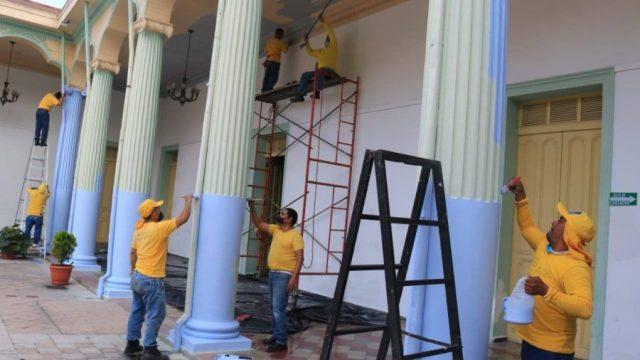 Presidente Bukele sanciona al alcalde de Santa Tecla por daños a patrimonio cultural