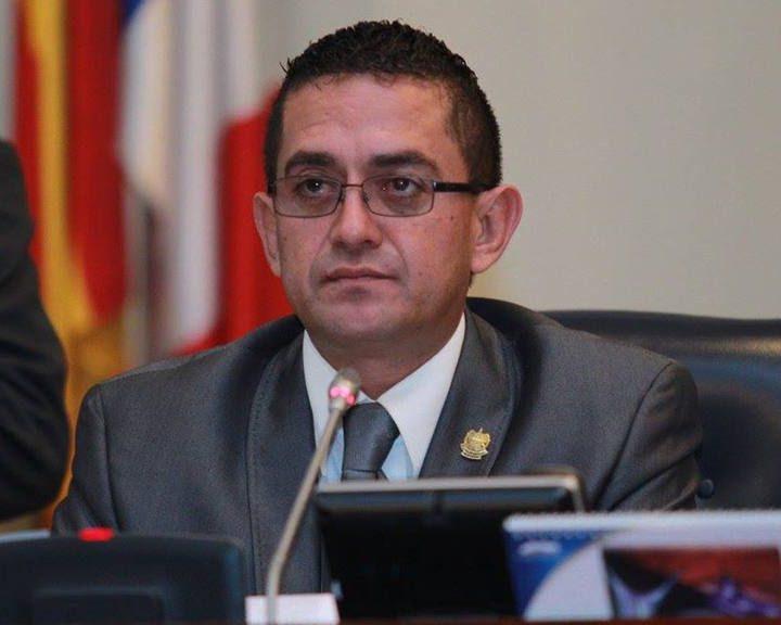 Diputado Cardoza asegura que se debe de escuchar de día las entrevistas