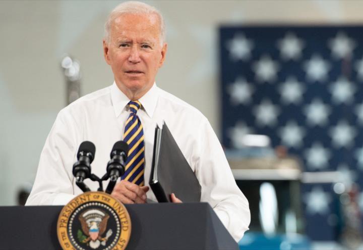 Población reclama aumento de inflación a Biden