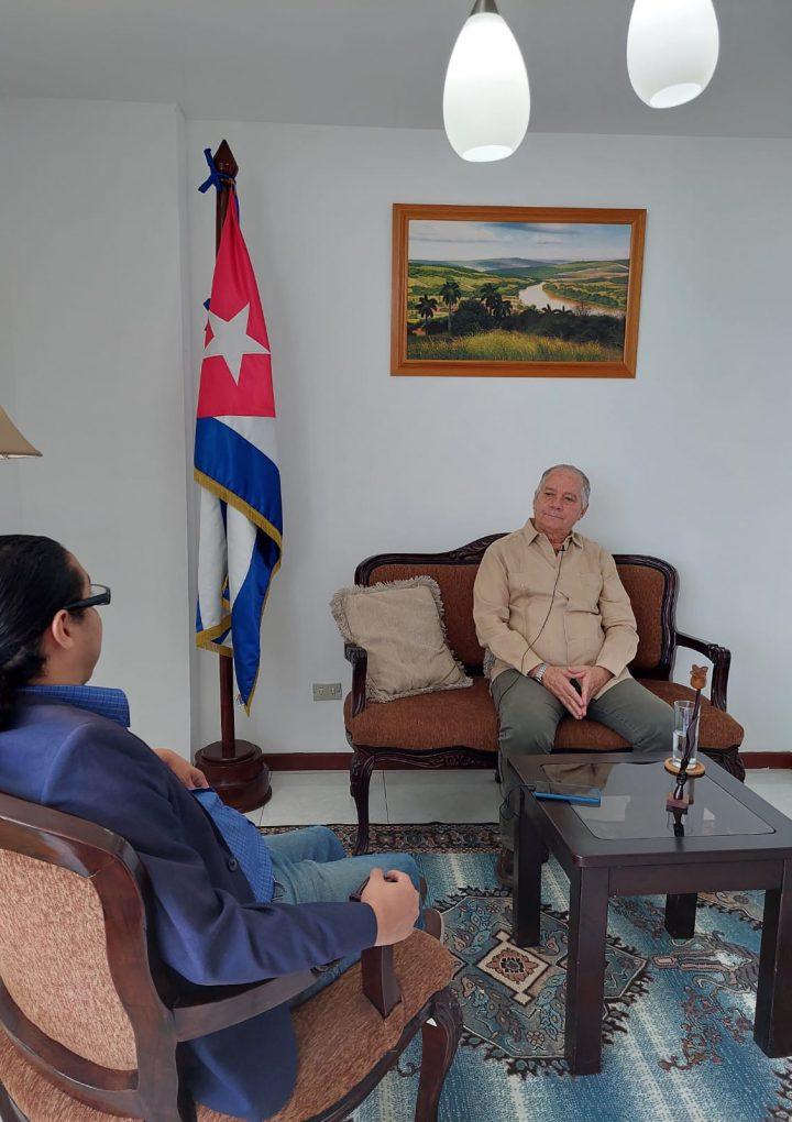 Entrevista al embajador de Cuba en el Salvador, Rene Ceballo