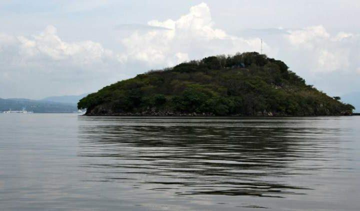 Gallegos resalta que se debe regresar la Isla Conejo a El Salvador