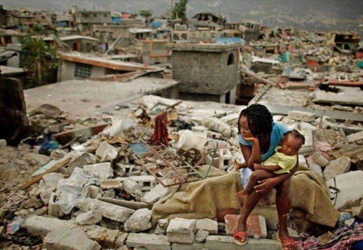 Se contabilizan 1.297 fallecidos por terremoto en Haití
