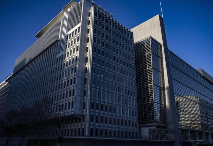 Banco Mundial retira ayuda económica a Afganistán tras llegada de los talibanes