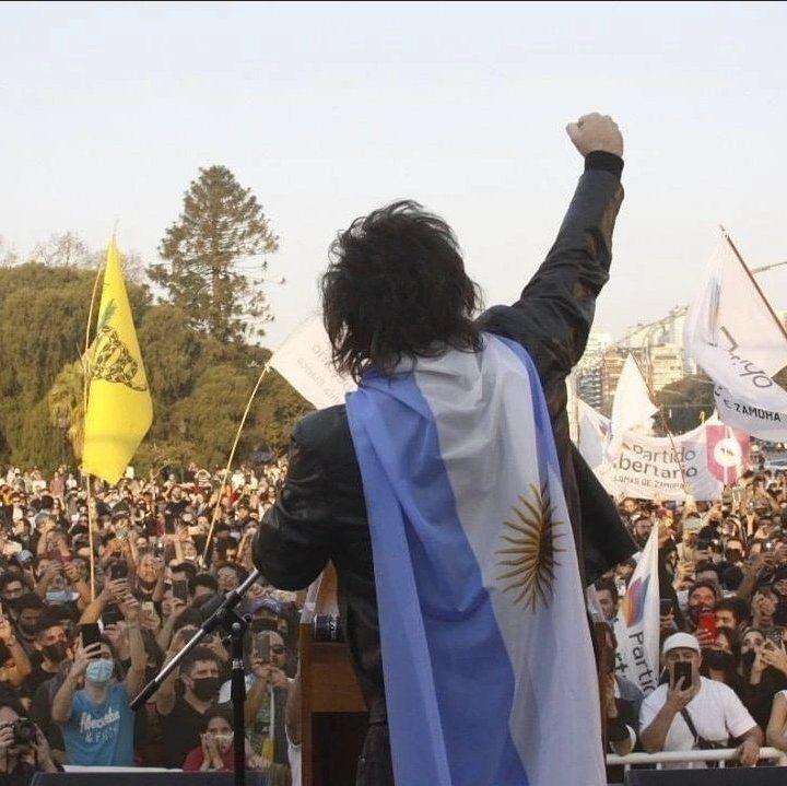 El economista libertario, Javier Milei, lanza su campaña para ser diputado