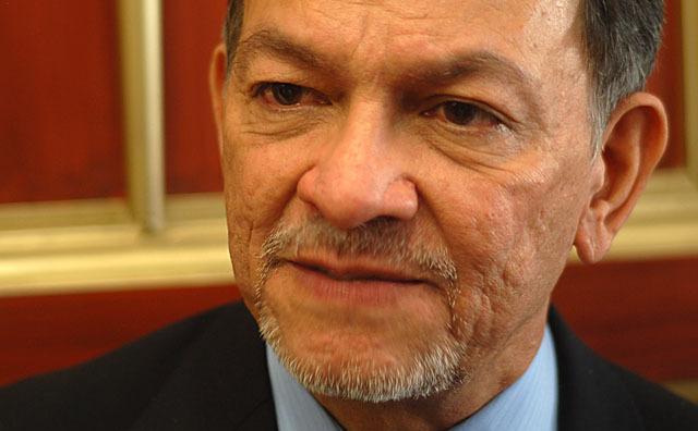 Herman Rosa Chávez no se presenta a la comisión de sobresueldos