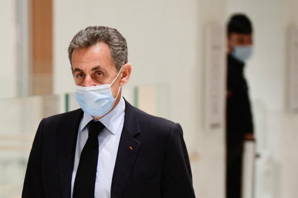 Nicolás Sarkozy condenado a cárcel por financiamiento ilegal de su campaña